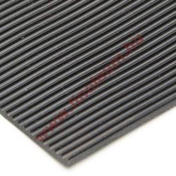 Gumiszőnyeg sűrű bordás kivitel 4 mm